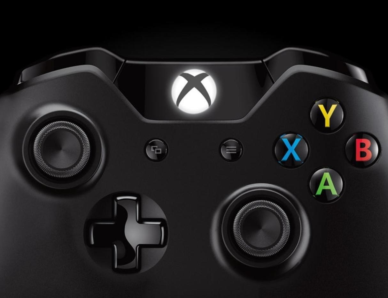 Os controladores do Xbox One não têm o botão de compartilhamento no centro.