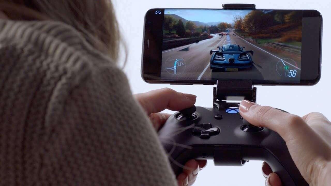 Você pode facilmente jogar jogos do Xbox em seu telefone com alguns acessórios úteis.